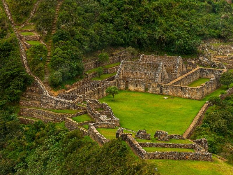 trek to choquequirao by inca trail expeditions
